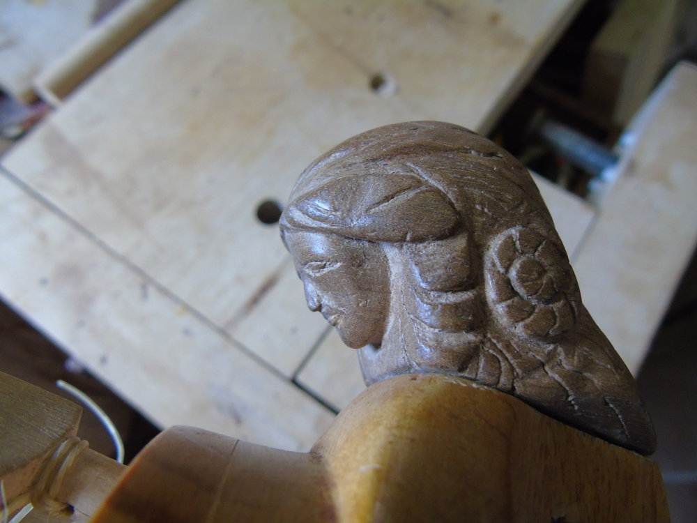 carvings 5 FEMALE HEAD